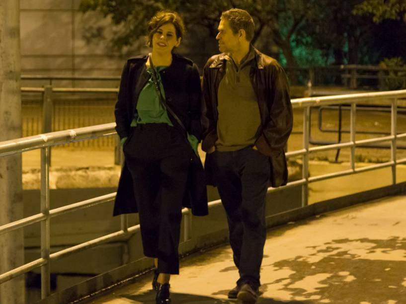 Sofia Guerra (Bárbara Paz), e Diego Fairman (Willem Dafoe), no filme Meu Amigo Hindu