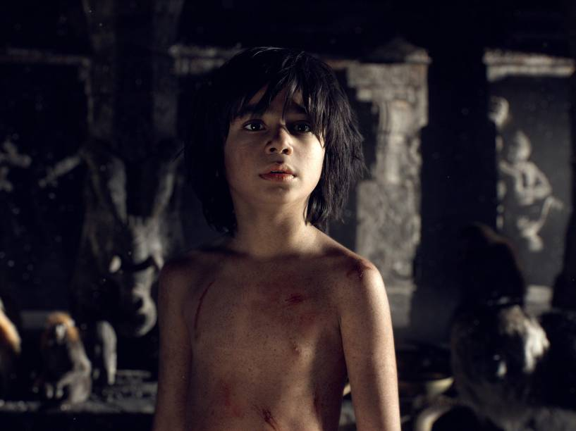 Mogli (Neel Sethi), em cena do filme Mogli - O Menino Lobo