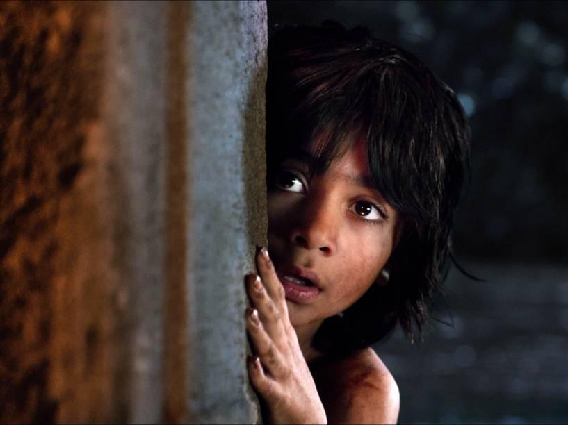 Mogli (Neel Sethi), em cena do filme: Mogli - O Menino Lobo