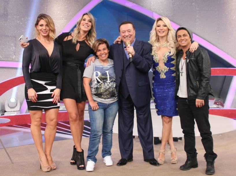 Sheila Mello, Ciça Camargo, Claudia Rodrigues, Raul Gil, Antônia Fontenelle e Thammy Miranda no SBT