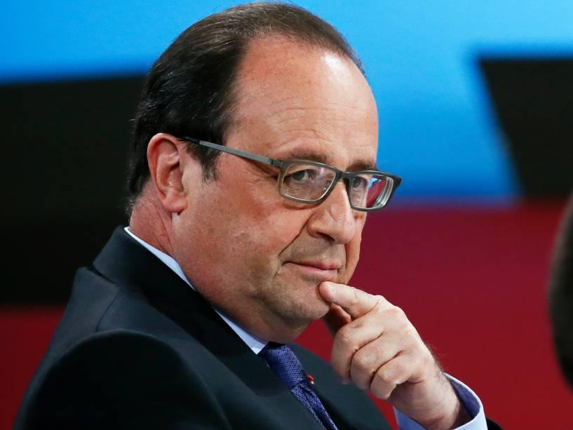 O presidente francês, François Hollande confirma que avião da EgyptAir caiu no Mediterrâneo - 19/05/2016