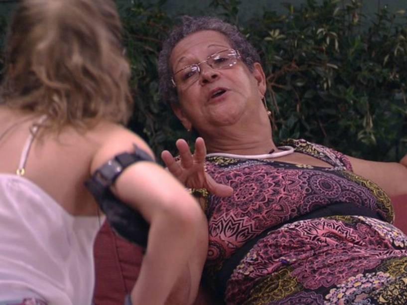 Geralda conversa com Ana Paula no 'BBB16'