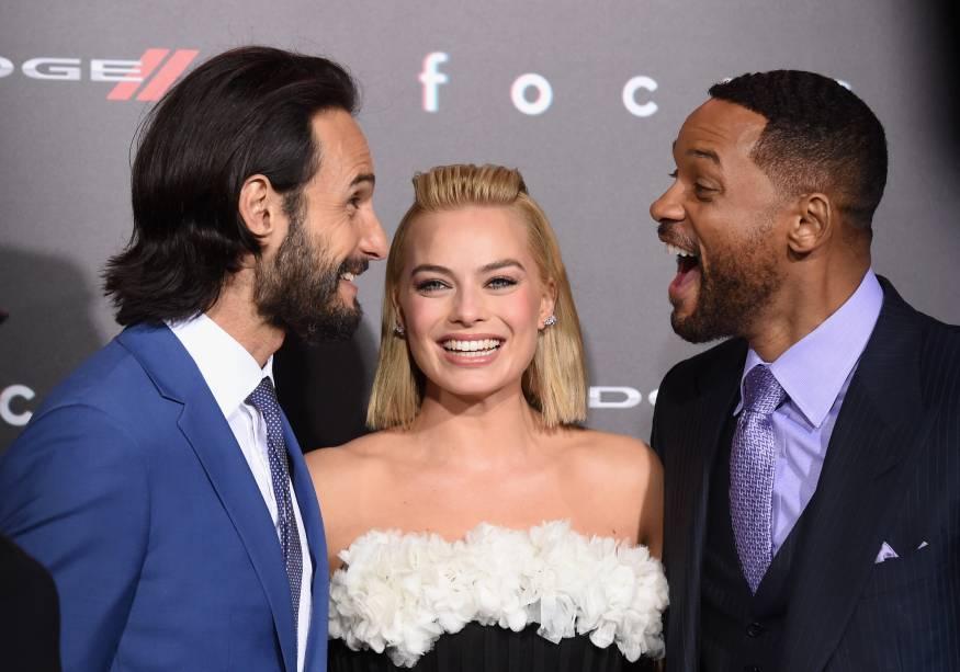 Rodrigo Santoro, Margot Robbie e Will Smith na première de Golpe Duplo