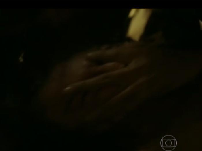 Cena do estupro de Larissa (Grazi) em Verdades Secretas