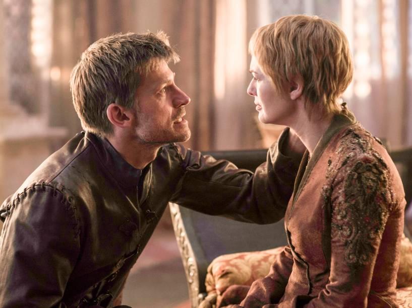 Nikolaj Coster-Waldau (Jaime Lannister) e Lena Headey (Cersei Lannister), em cena da sexta temporada da série Game of Thrones