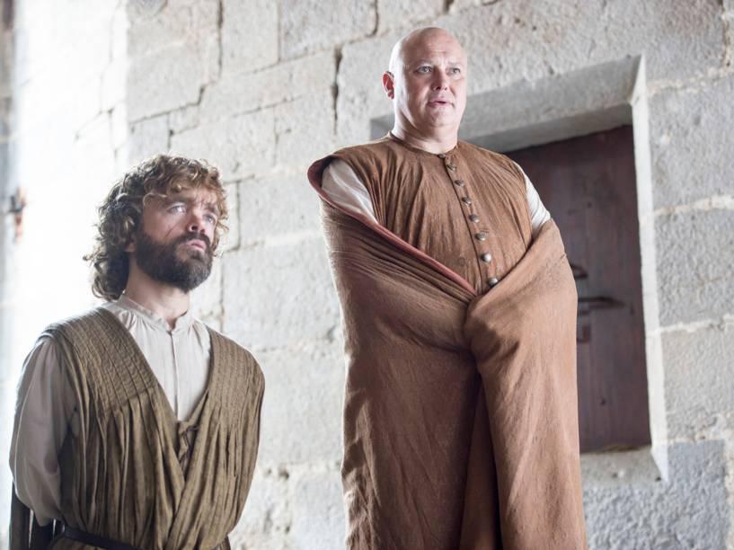Peter Dinklage (Tyrion Lannister) e Conleth Hill (Varys), em cena da sexta temporada da série Game of Thrones