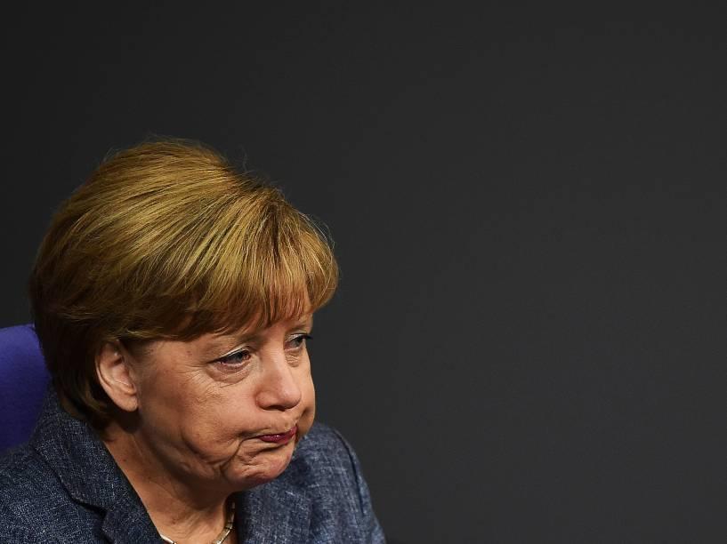 A chanceler alemã Angela Merkel durante debate sobre o resgate financeiro à Grécia no parlamento em Berlim - 19/08/2015