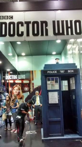 Réplica da cabine telefônica da série Doctor Who