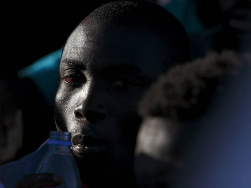 Imigrante do naufrágio na Líbia