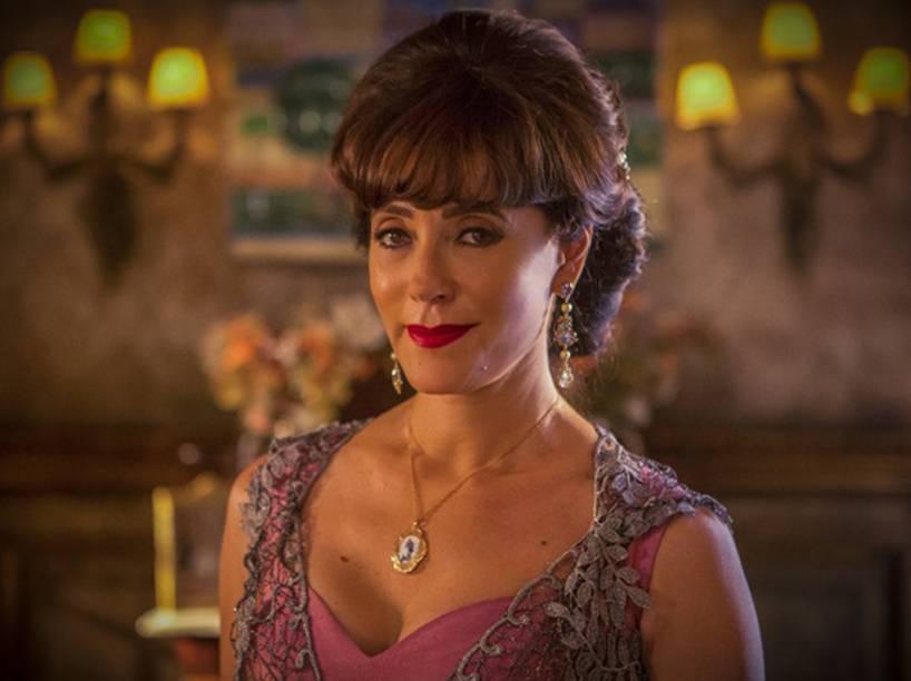 Carol Castro será substituída por Christiane Torloni, no papel de Iolanda em nova fase de Velho Chico