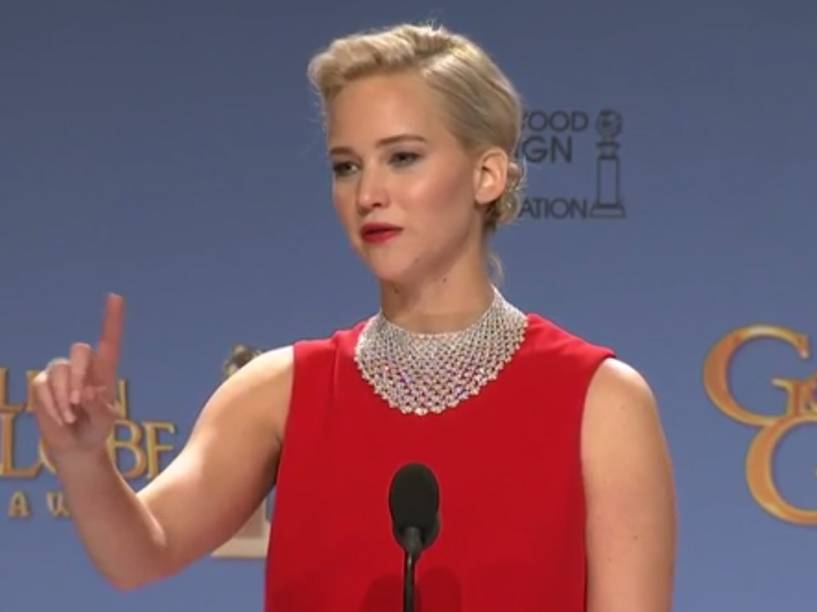 Jennifer Lawrence durante coletiva após o Globo de Ouro