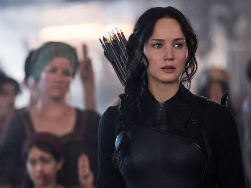 Jennifer Lawrence interpreta Katniss Everdeen no filme Jogos Vorazes: A Esperança - Parte I