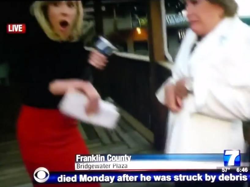 Repórter e operador de câmera foram baleados durante entrevista