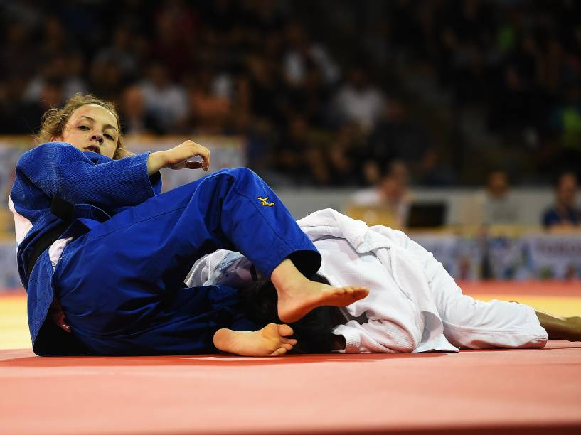 A judoca Nathalia Brigida, conquista a medalha de bronze nos Jogos de Toronto