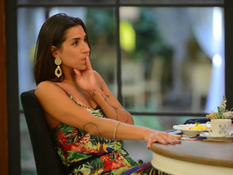 Juliana participa do Mais Você um dia depois de ser eliminada do Big Brother Brasil 16