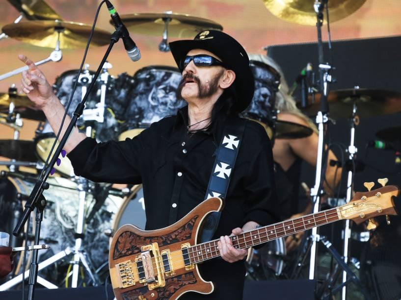 <p>Vocalista do Motörhead, Lemmy Kilmister, morre de câncer aos 70 anos  </p>