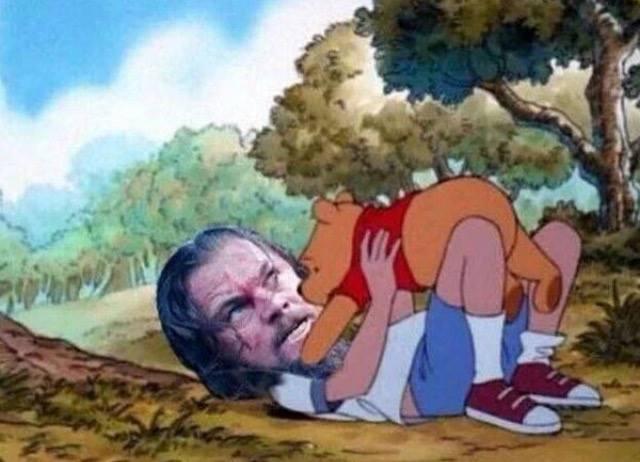 A grande luta entre Leonardo DiCaprio e o urso no filme O Regresso ganhou uma versão mais fofinha na internet