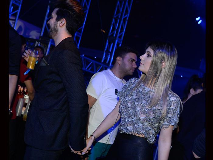 Luan Santana circula de mãos dadas com a ex, Jade Magalhães, em show da dupla Jorge & Mateus, em SP