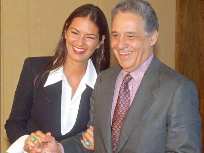 Luiza Brunet em foto com o então presidente Fernando Henrique Cardoso