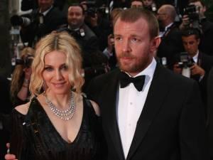 Madonna e Guy Ritchie no Festival de Cannes de 2008
