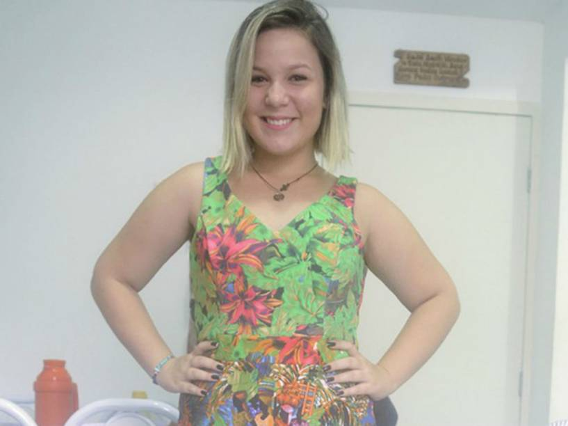 Maria Cláudia, do BBB16, é uma youtuber de 19 anos