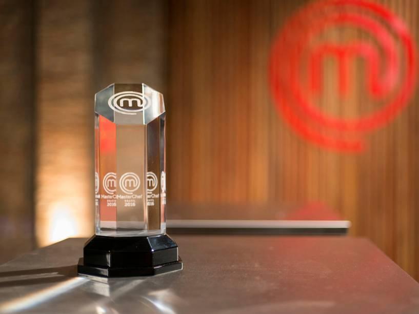 Troféu Masterchef, prêmio para quem ganhar o desafio culinário do programa da BandTV