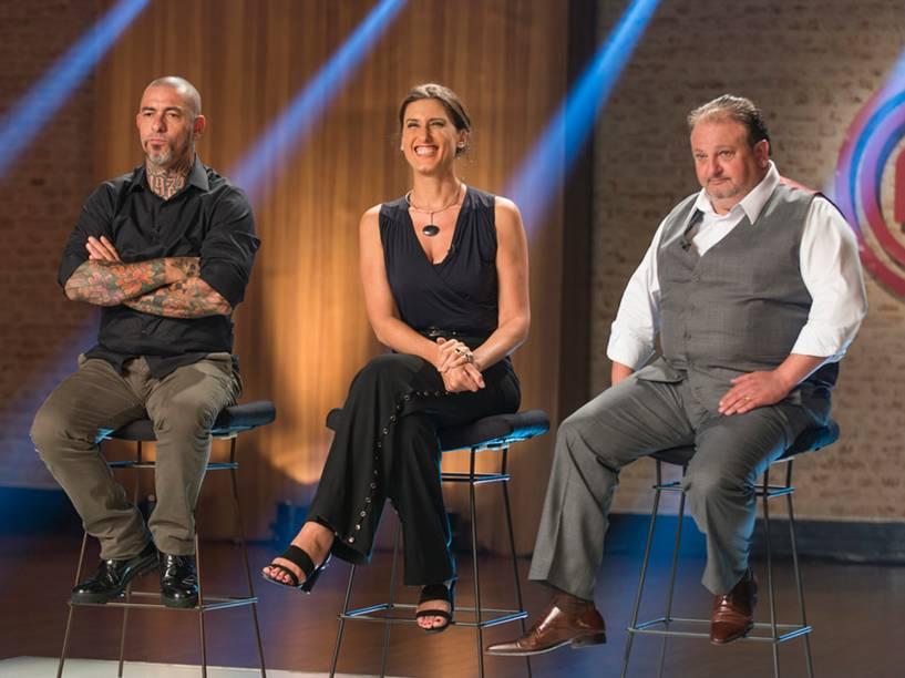 Chefs e jurados Henrique Fogaça, Paola Carosella e Erick Jacquin, do programa Masterchef Brasil