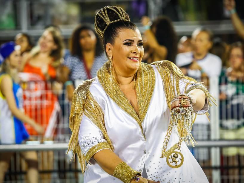 Solange Cruz Bichara Rezende, presidente  da escola de samba Mocidade Alegre desfila no Sambódromo do Anhembi em São Paulo (SP), neste domingo (07)