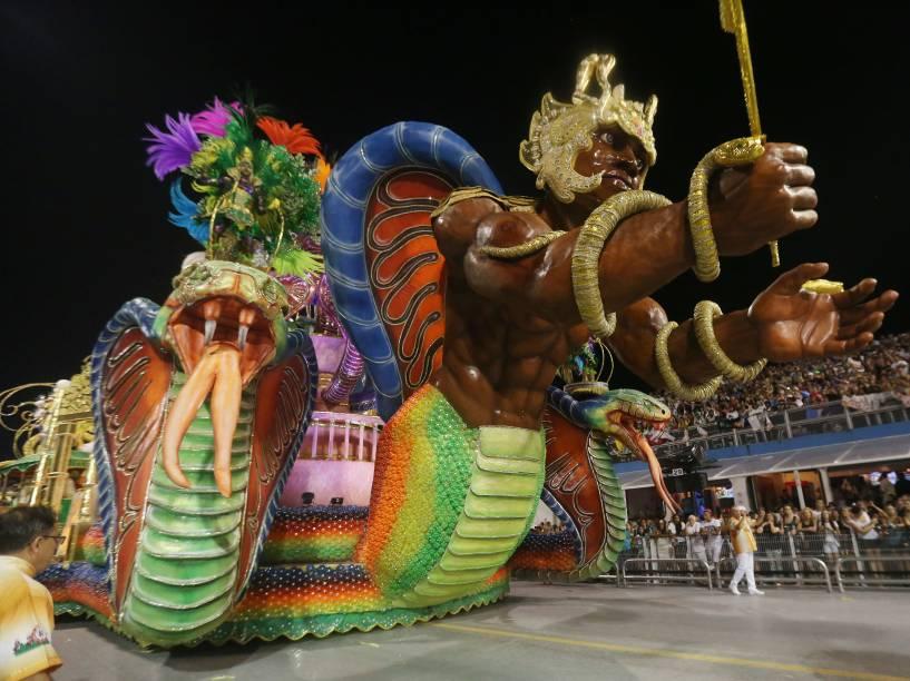 Desfile da escola de samba Mocidade Alegre válida pelo Grupo Especial, no Sambódromo do Anhembi em São Paulo (SP), neste domingo (07)