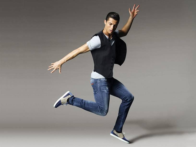 Cristiano Ronaldo apresenta coleção de sapatos produzidos em Portugal, a CR7 Footwear