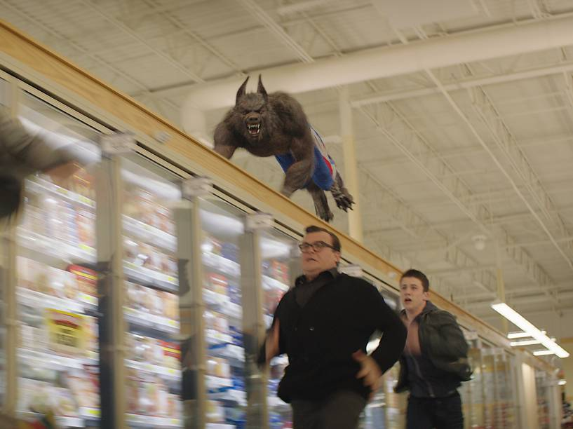 Jack Black e Dylan Minnette no filme Goosebumps: Monstros e Arrepios