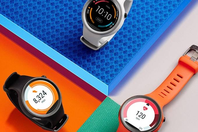 alx_mot-moto360-hero-m_original.jpeg