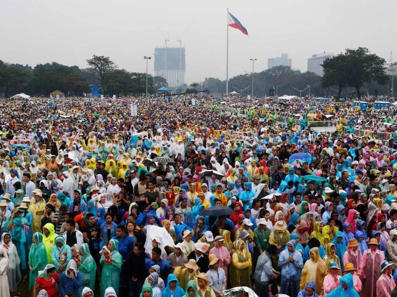 Multidão confere visita de Papa Francisco à cidade de Manila, capital das Filipinas - 18/01/2015