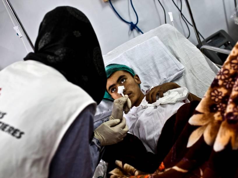 Atendimento ao Hospital de MSF de Kunduz antes do bombardeio