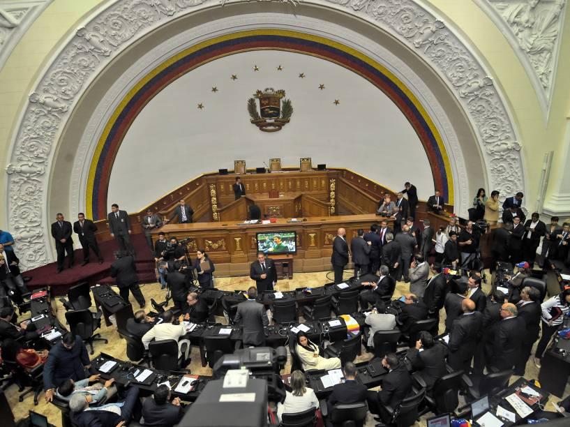 Vista geral da Assembleia Nacional da Venezuela durante cerimônia de posse dos novos deputados - 05/01/2016