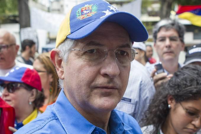 alx_mundo-venezuela-antonio-ledezma-prefeito-caracas-20140420-002_original.jpeg