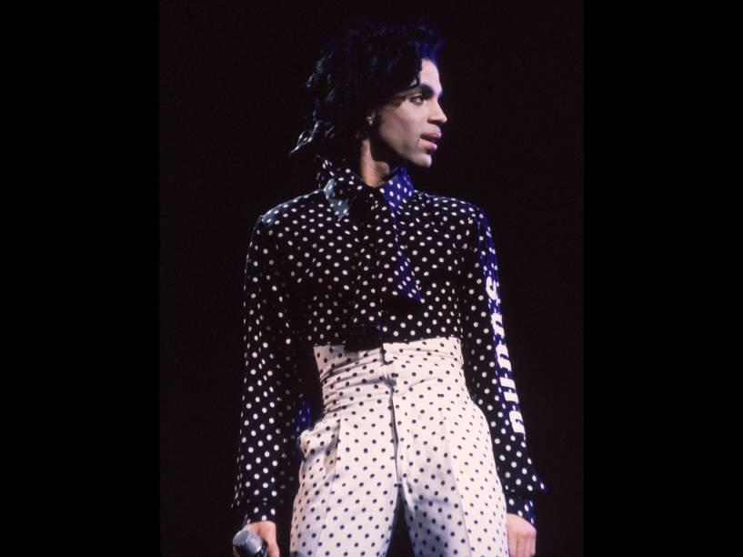 Prince durante apresentação na Pensilvânia em 1988