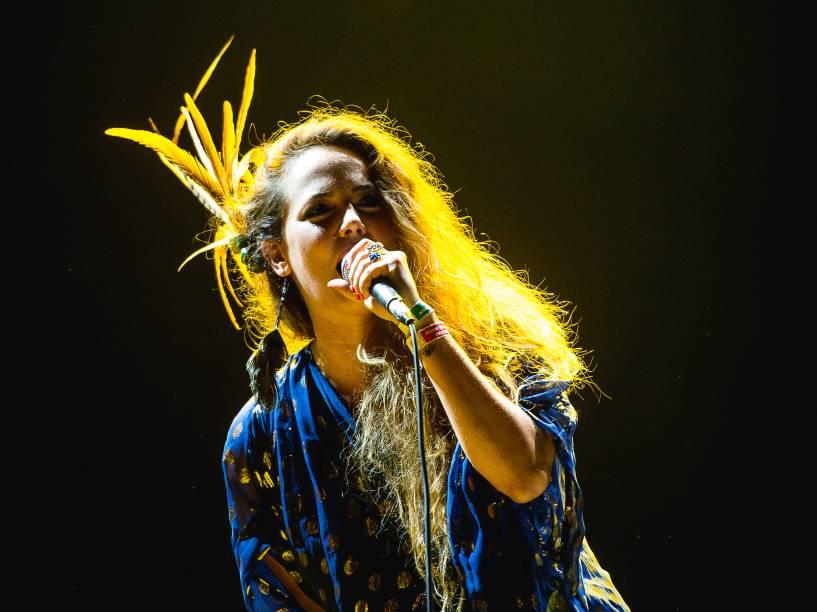 Cantora Tiê faz show de abertura antes da apresentação da banda britânica Coldplay no Allianz Parque em Sâo Paulo - 07/04/2016