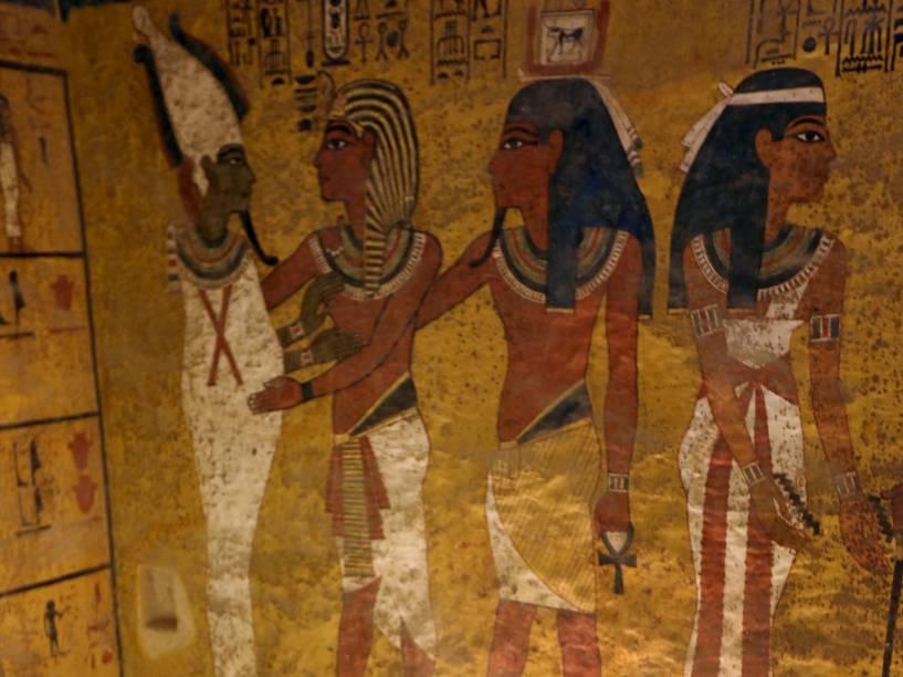 <p>Câmara no Vale dos Reis que abriga o sarcófago de Tutancâmon, em Luxor, Egito. Uma análise com radares está sendo na tumba para verificar a existência de salas secretas que poderiam abrigar a múmia da rainha Nefetiti</p>