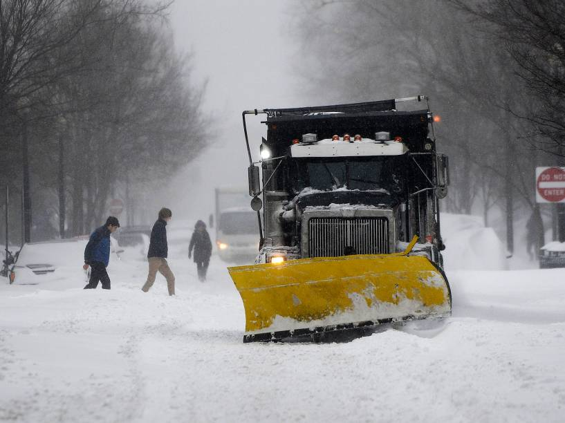 Tempestade de inverno provoca transtornos em Washington, nos Estados Unidos