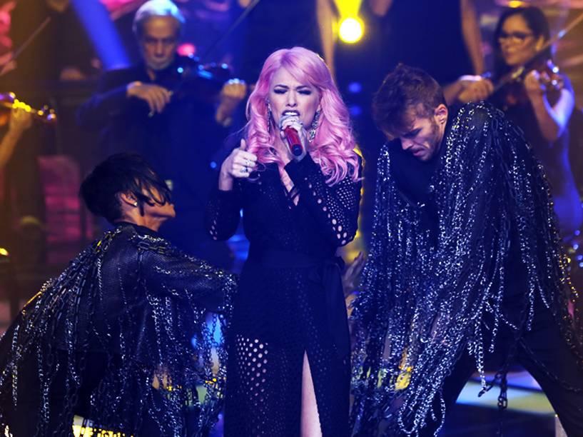 Nikki foi acompanhada por Claudia Leitte e chegou à final do The Voice Brasil