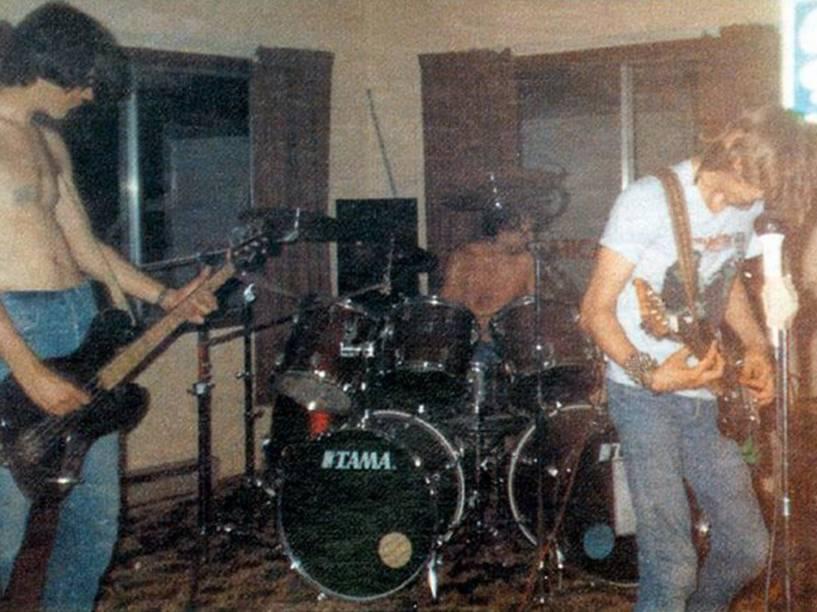 Fotografia autenticada do primeiro show do Nirvana, em março de 1987, na cidade de Richmond, Washington (EUA)