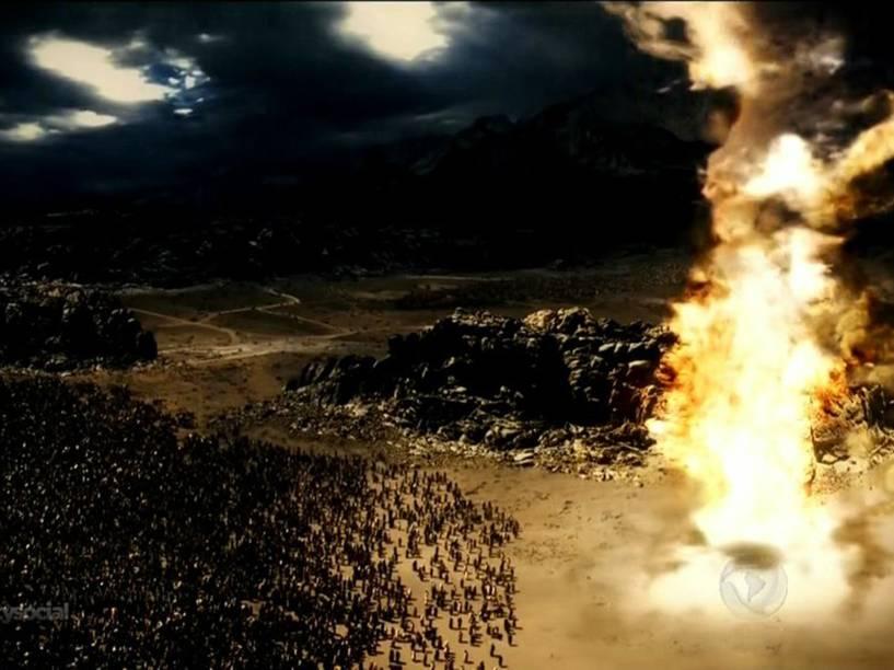 <p>Escurece e coluna de fogo se interpõe entre os egípcios e os hebreus em 'Os Dez Mandamentos'</p>
