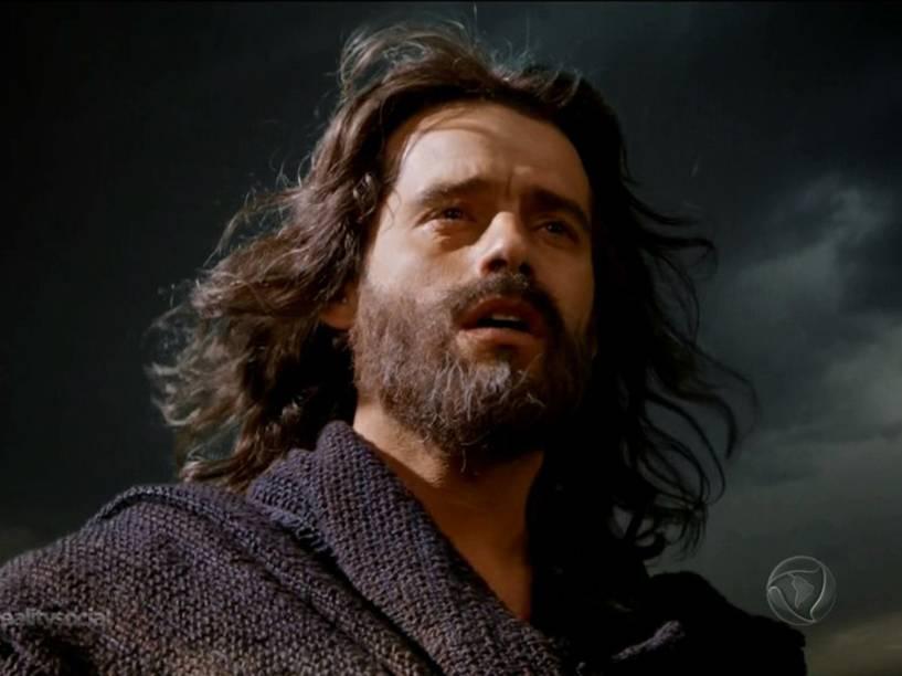 <p>Moisés (Guilherme Winter) conversa com Deus em 'Os Dez Mandamentos'</p>