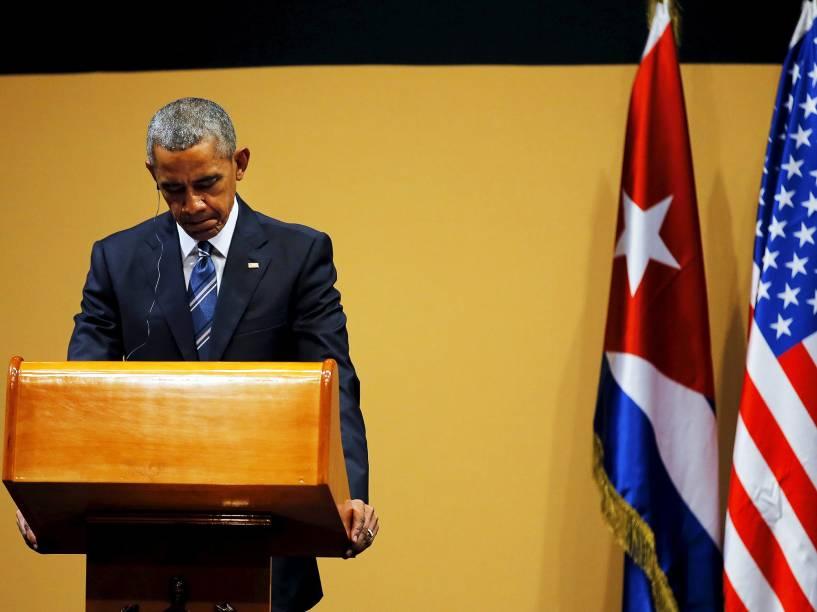 O presidente dos Estados Unidos, Barack Obama, durante coletiva de imprensa, na capital de Cuba, Havana, na tarde desta segunda-feira (21). Este é o terceiro dia de visita do americano à ilha