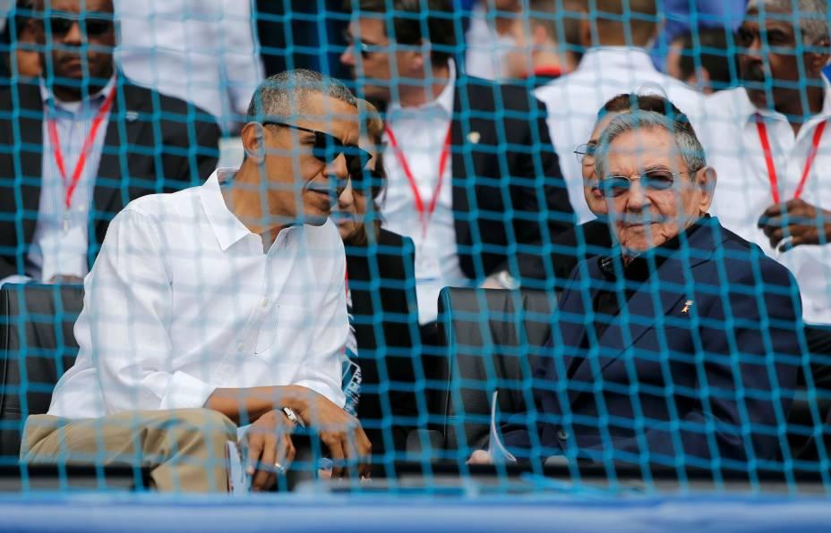 Presidentes Barack Obama e Raul Castro vão a jogo de baseball, em Havana, Cuba, nesta tarde (22)