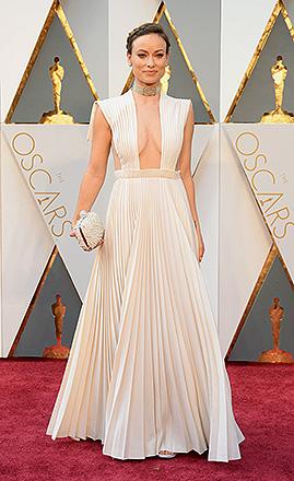 Olivia Wilde antes do início do Oscar 2016 no Teatro Dolby, em Los Angeles