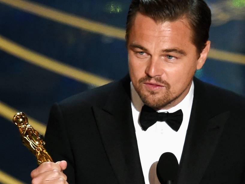 <p>Leonardo DiCaprio e no Oscar 2016 no Teatro Dolby, em Los Angeles</p>