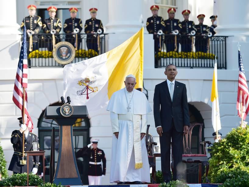 Papa Francisco é recebido pelo presidente dos EUA, Barack Obama, na Casa Branca nesta quarta-feira (23)