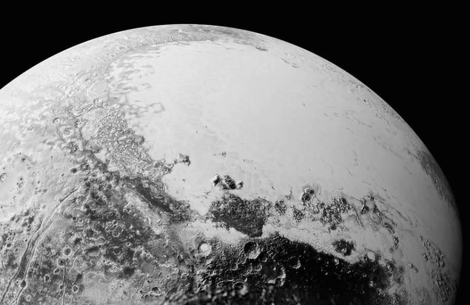 <p>Imagem da superfície de Plutão divulgada pela Nasa mostra como seria o relevo visto a uma distância de1.800 quilômetros </p>